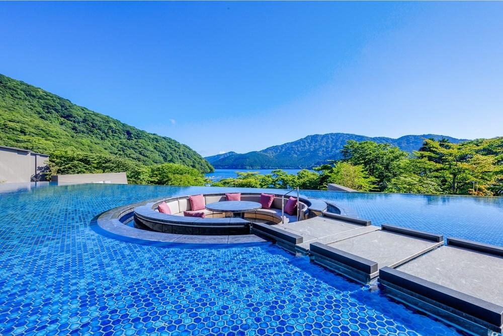 1位「箱根・芦ノ湖 はなをり」
