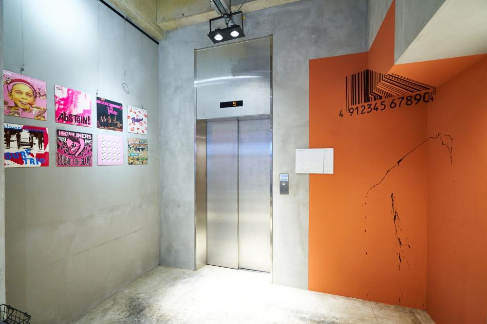 CATALYST ART HOTEL エレベーター