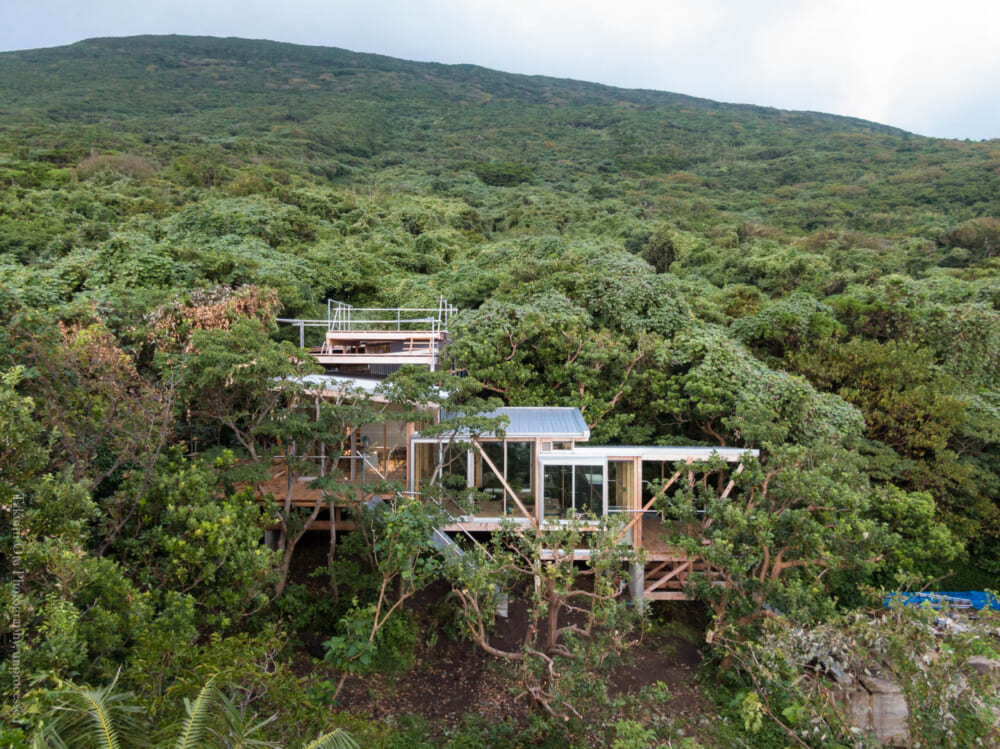 island-office-Hajijyojima-outlook